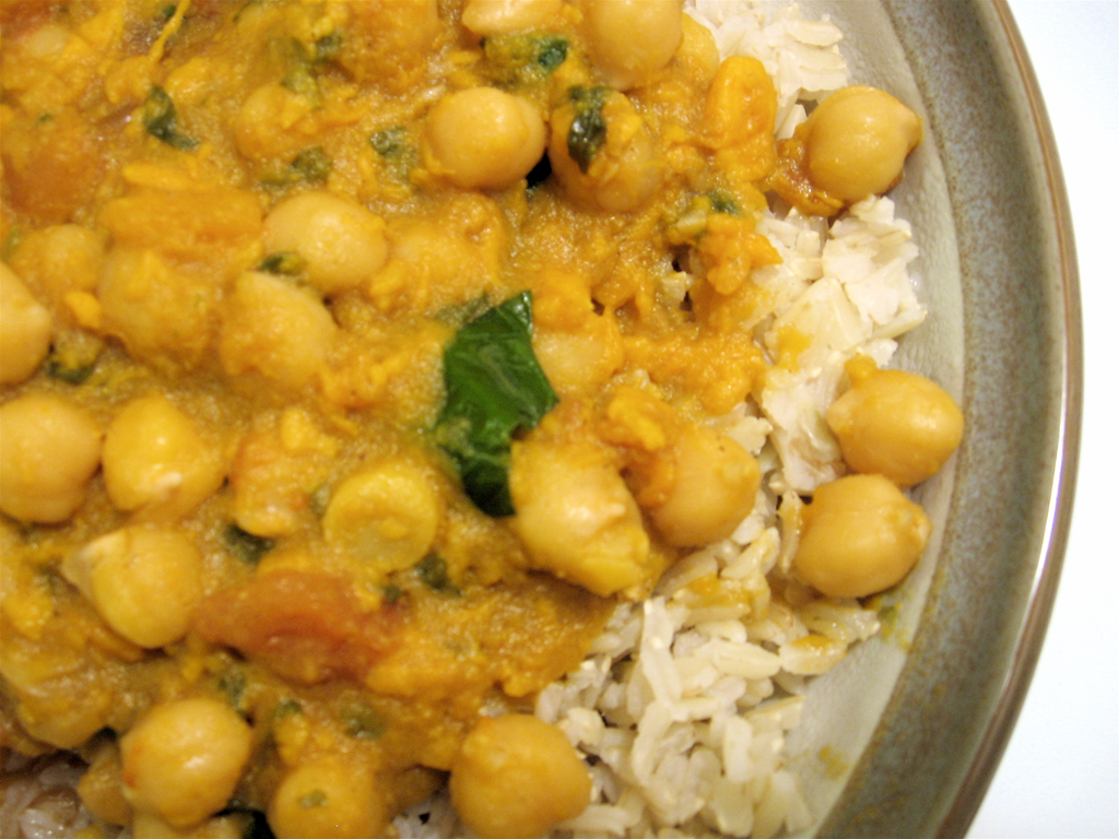Thai Chickpea & Sweet Potato Curry | Eat Well. Live Well. Be Well.